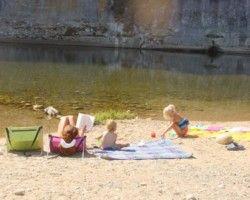 Rivière La Beaume et sa plage de sable