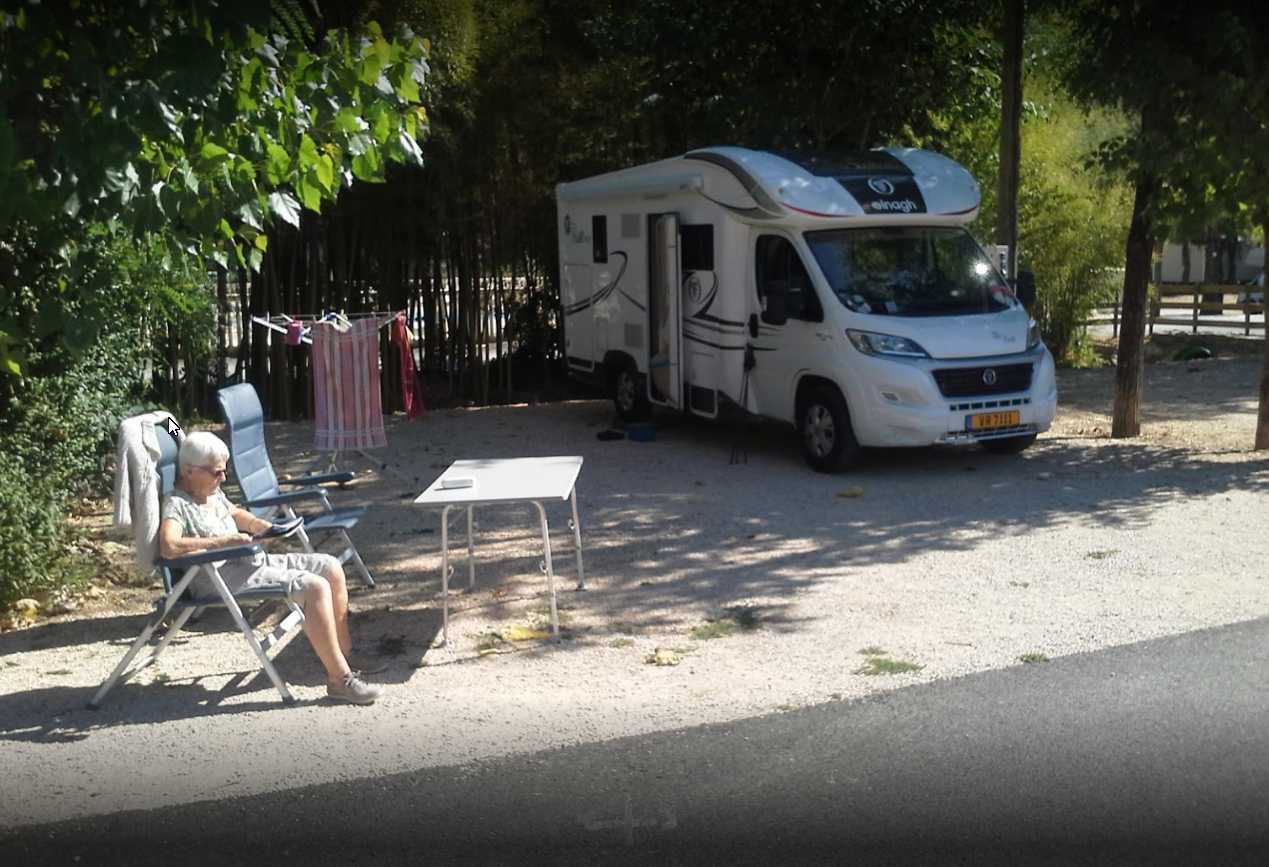 camping car aux bambous